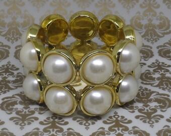 World of Pearl Stretch Bracelet