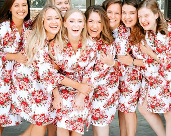 Bridal Party robes // Cotton Floral robes, BRIDESMAID ROBES, Bridesmaids GIFTS, Robes for Bridesmaids, Set of Bridesmaid robes, Bridal robes