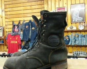 Guns N Roses Official Stage Divers Boots 1994 underlicense to Brockum Collectables Item very rare 10 holes