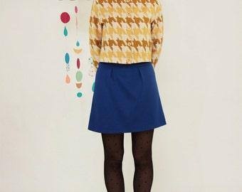 Mini skirt high waist in blue cotton fleece. A line skirt. Everyday skirt, sixties style, modette look. Navy skirt office outfit. SIZE S