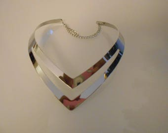 Metal 120 mm x 40 mm heart silver MULTISTRAND bib necklace