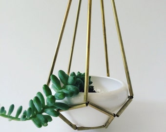 Himmeli hanging brass planter