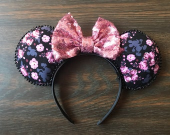 Floral   hidden silhouette   pink bow  