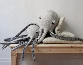 ON-SALE  Winter Octopus