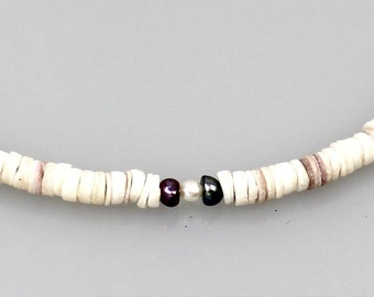 OMBAPA 4 - beautiful necklace made of white shell discs by the perma Perma shell, chain length approx. 43.5 cm