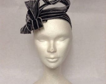 Black headband adjustable sisal to the head, for wedding or ceremony
