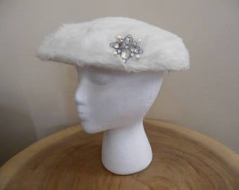 Vintage 1950s Hat by Eva Mae Modes; Off White Fluffy Wool With Rhinestone and Faux Pearl Trim, Fascinator Hat, Curvette Juliette Cap