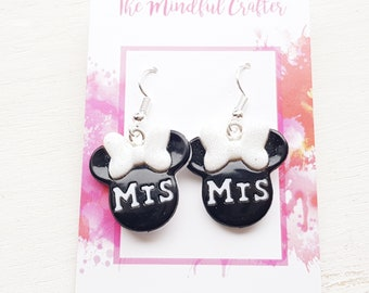 Minnie mouse earrings minnie mouse wedding earrings Mrs earrings Disney Wedding earrings Disney bride jewelry Disney jewellery minnie mouse