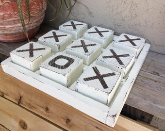 Tic Tac Toe, white blocks with white tray