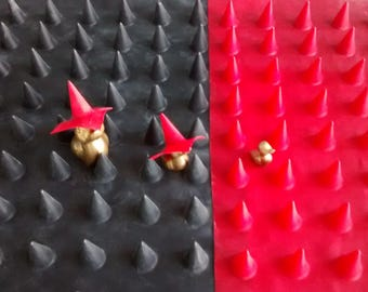 latex spikes sheeting 0.6 black or red rubber punk