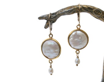 Earrings with mint freshwater pearl and vermeill, free shipping