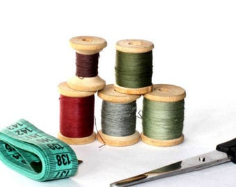 Set 5 sewing spools Vintage wooden spools Retro cotton thread spools Old sewing bobbin Mix 5 colors Sewing accessories