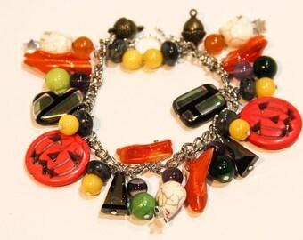 Mixed bead Halloween Jack-O-Lantern bracelet