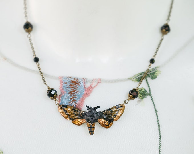 Moth Necklace-Bronze 4.5 cm with glass beads