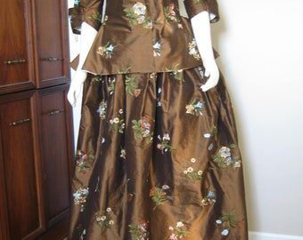 Silk Embroidered Caraco and Petticoat size 14