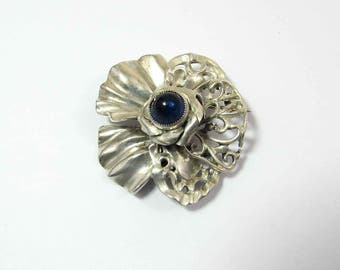 "Hobe Sterling Silver Brooch Pin - blue cabochon - 1-1/4"" - 1940s"
