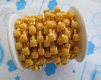 New item Opaque color rhinestone chain ( Gold tone ) 5mm stone 50cm Golden Yellow