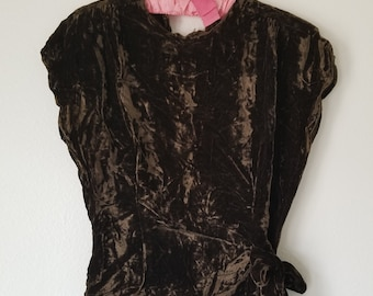 Vintage 1940's Brown Crushed Velvet Peplum Style Top with Tie