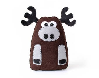 Moose Sewing Pattern, Plush Felt Moose Stuffed Animal Sewing Pattern, Instant Download PDF, How to Sew a Moose, Easy Sewing Pattern, PDF