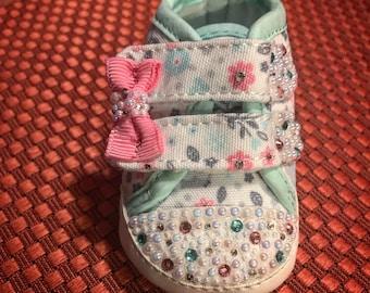 Babies NB Bling Crib Shoe and Headband Set