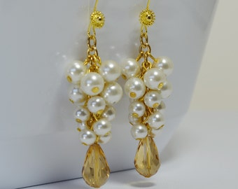 Ivory Pearl Cluster Earrings, Golden Chunky Earrings, Cream Pearl Jewelry, Ivory Bridal Pearl Earrings, Ivory Bridesmaid Cluster Earrings