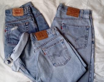 Lot Bulk Wholesale 3 Vintage Levi's Jeans Relaxed Mom Jeans
