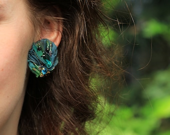 Green crystal clip earrings / VERDURA painted silk clips earrings / Fabric manipulated jewelry with crystals and beads / Couture silk studs