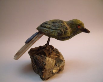 Semi precious stone carving bird