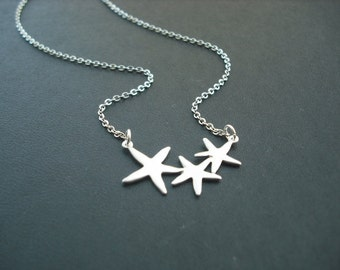 Adorable Triple Starfish necklace - Bridesmaids gift, Wedding Gift