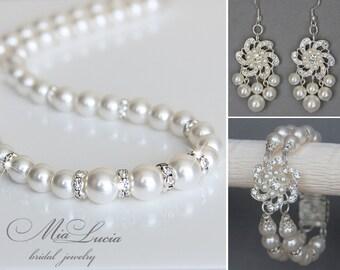 Bridal Jewelry Set, White Swarovski Pearl Bridal Jewelry Set, Pearl Necklace Earrings Bracelet Set,  art. e07-b20-n02