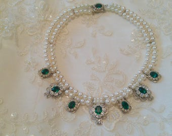 Bridal Necklace Emerald Green Stone Vintage Bridal Pearls Necklace Statement Choker Pearl Wedding Choker Rhinestone Zirconium Pearls Strand