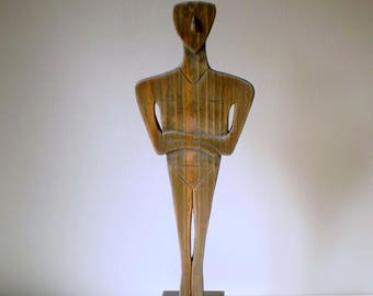 """Character carved wood representing a """"fertility Idol"""" made of solid pine carved inspired by Greek art - Creation"""
