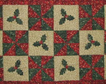 Holly Table Runner Pattern PDF Download QCP-302
