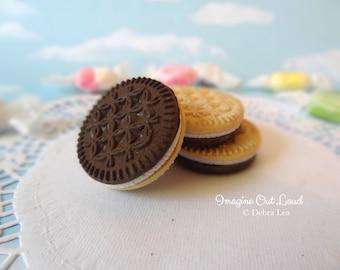 Fake Cookies Three Faux Chocolate Vanilla Cream Filled Sandwich Cookies