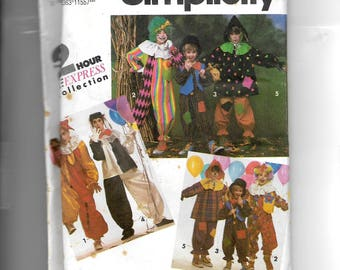 Simplicity Boys' and Girls' Clown Costume Pattern 7428