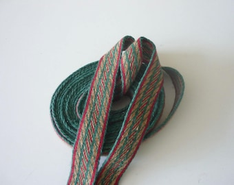 Galon cards,  fine wool, sold to 4 inch length. 1,06 inch wide.