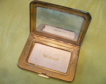 Vintage 1950s Wadsworth Powder Compact, Mirror, Latch Works, Powder Residue, Brown Leather Case, Rockabilly Cosmetics, Make Up Compact,