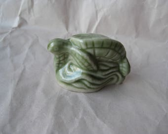 Turtle Green Figurine Miniature Porcelain Ceramic Vintage Wade