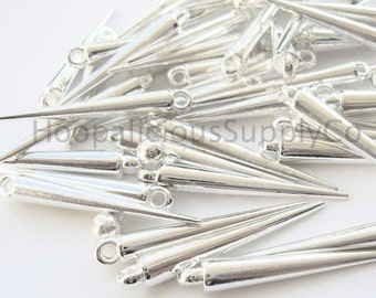 25 MEDIUM SILVER Spikes with Top Loop-36mm- Acrylic. Fast Shipping with Tracking for US Buyers.