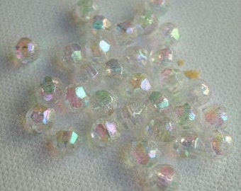 32 x Clear AB Acrylic Faceted Beads