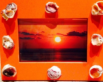 Orange Sea Shell Costa Rica Sunset 4x6 Frame / Costa Rica Photo Frame / Sunset Photo frame / Beach Home decor / Seashell Photo Frame