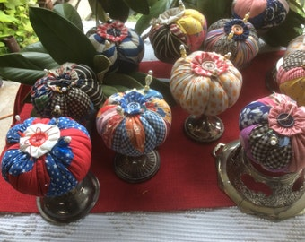 Pincushions Vintage fabric Quilt Blocks