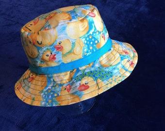 Bucket hat/rubber ducky