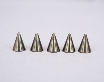 20 Black Half Inch (12mm) Cone Spikes