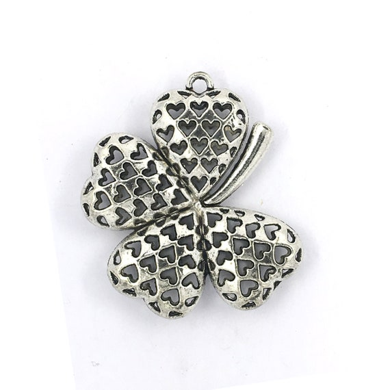 """Great charm - silver tone """"flower"""""""