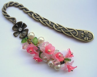 Beaded Bookmark, Metal Bookmark, Pink and Red, Flower Bookmark, Unique Bookmark