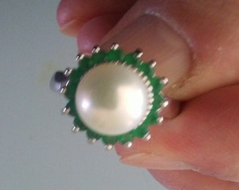 Genuine White Pearl with Emerald Halo set in Sterling Silver, size 7.5