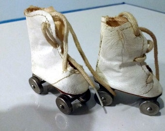 """Pair Vintage Doll Roller Skates Oilcloth 13"""" Shirley Temple Doll Composition Size Fits 1930's"""