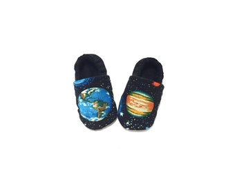 SPACE Galaxy Planets Planet Blue Earth Spaceman Astronaut Gender Neutral Sky Moon Infant Newborn Crib Shoes Soft Sole Baby Shoes Boy Girl