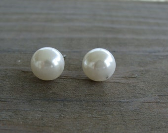 Vintage 10mm White Pearl Stud Earrings Bridal Wedding Bridesmaid Post Bride Elegant Beads Round Shimmering